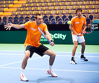 04-04-12, Netherlands, Amsterdam, Tennis, Daviscup, Netherlands-Rumania, training, Schoorel en Haase(R)