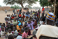 NIGER Zinder, children in Madrasa, Quran school / NIGER Zinder, Kinder in einer Madrasa, Koranschule