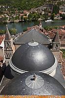 Europe/Europe/France/Midi-Pyrénées/46/Lot/Cahors: Vue sur les coupoles de la cathédrale,