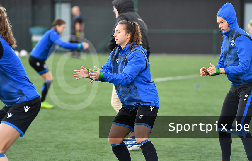 Jody Vangheluwe (22 Brugge) pictured during warming up of a female soccer game between Club Brugge Dames YLA and RSC Anderlecht Ladies on the fifth matchday of the 2020 - 2021 season of Belgian Scooore Womens Super League , sunday 18 October 2020  in Brugge , Belgium . PHOTO SPORTPIX.BE | SPP | DAVID CATRY