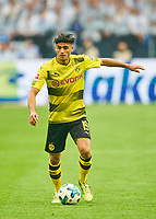 Mahmoud DAHOUD, BVB 19  <br /> FC SCHALKE 04 -  BORUSSIA DORTMUND 2-0<br /> Football 1. Bundesliga , Gelsenkirchen,15.04.2018, 30. match day,  2017/2018 1.Bundesliga, BVB, S04, <br />  *** Local Caption *** © pixathlon<br /> Contact: +49-40-22 63 02 60 , info@pixathlon.de