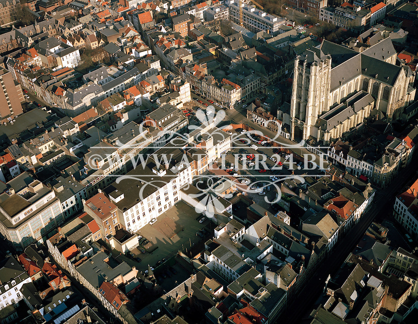 Februari 1996. Sint-Jacobskerk in Antwerpen.