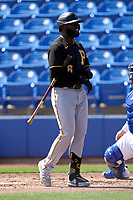 Pittsburgh Pirates Anthony Alford (6) bats during a Major League Spring Training game against the Toronto Blue Jays on March 1, 2021 at TD Ballpark in Dunedin, Florida.  (Mike Janes/Four Seam Images)