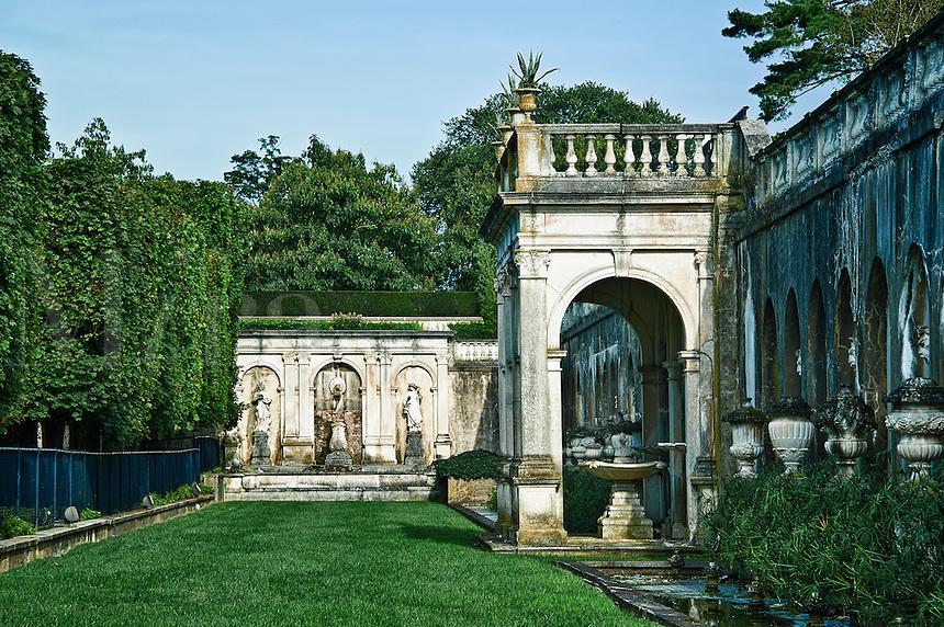 Fountain garden, Longwood Gardens, Pennsylvania, Usa