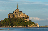 Europe/France/Normandie/Basse-Normandie/50/Manche: Baie du Mont Saint-Michel, classée Patrimoine Mondial de l'UNESCO, Le Mont Saint-Michel  // Europe/France/Normandie/Basse-Normandie/50/Manche: Bay of Mont Saint Michel, listed as World Heritage by UNESCO,  The Mont Saint-Michel