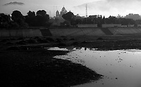 11.2010 Pushkar (Rajasthan)<br /> <br /> Morning view of the sikh temple.<br /> <br /> Vue du matin du temple sikh.