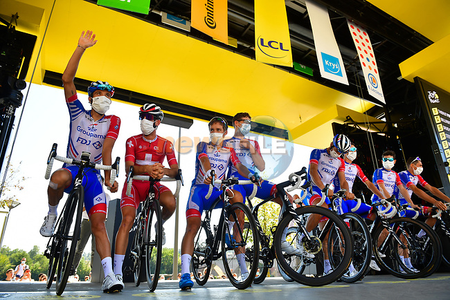 Groupama-FDJ at sign on before the start of Stage 8 of Tour de France 2020, running 141km from Cazeres-sur-Garonne to Loudenvielle, France. 5th September 2020.<br /> Picture: ASO/Pauline Ballet | Cyclefile<br /> All photos usage must carry mandatory copyright credit (© Cyclefile | ASO/Pauline Ballet)