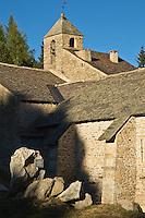Europe/France/Languedoc-Roussillon/66/Pyrénées-Orientales/Cerdagne/Font-Romeu-Odeillo-Via: La chapelle de l'Ermitage témoigne du célèbre pélerinage catalan sur la route de Saint-Jacques de Compostelle, auquel Font-Romeu doit son nom : Fontaine du Pélerin