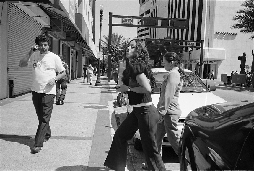 """From """"Walking Downtown"""" series. Miami, 2009"""