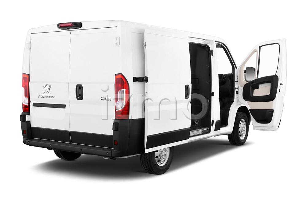 Car images close up view of a 2018 Peugeot Boxer Pro 5 Door Cargo Van doors