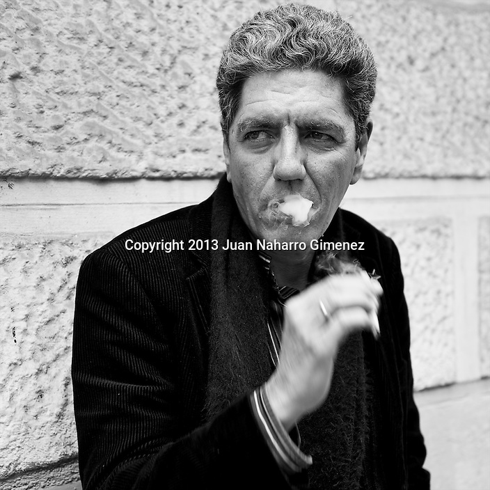 MADRID, SPAIN - MARCH 13: Spanish actor Antonio Dechent poses in a portrait session on March 13, 2013 in Madrid, Spain.  (Photo by Juan Naharro Gimenez)