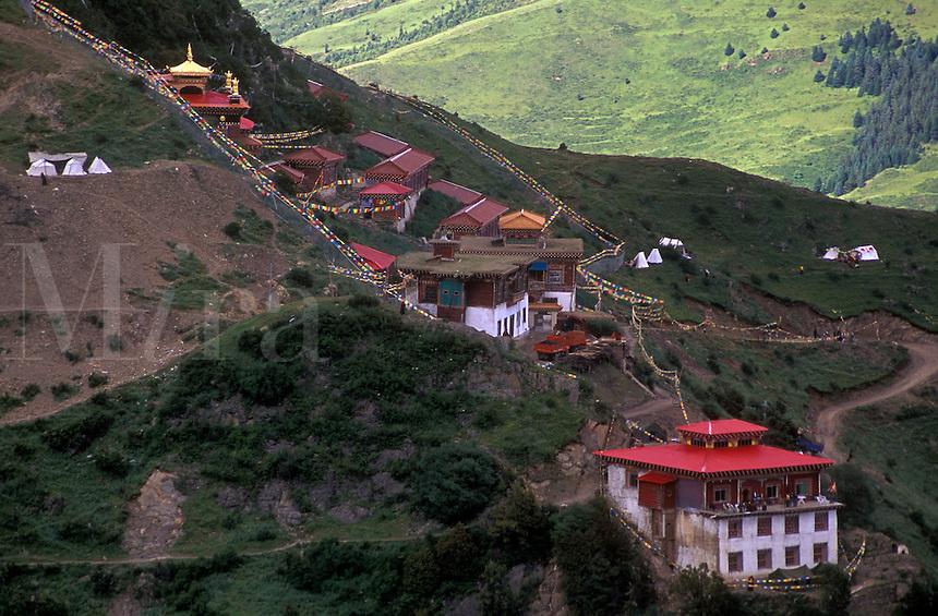 Hermitage above the Nyingma sect Tibetan Buddhist monastery of Katok Dorjeden - Kham, (E. Tibet), Sichuan Province, China