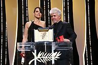 Juliette Binoche, Pedro Almodovar , Les laureats du 70 ème festival de cannes, 28/05/2017