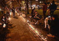 BOGOTA -COLOMBIA. 07-12-2014. Cientos de personas se dieron cita en el popular ParkWay de la ciudad de Bogotá para celebrar el día de las velitas que marca el inicio de las festividades decembrinas en Colombia./ Hundreds of people gathered at ParkWay, popular place of Bogota, to celebrate the day of the candles that markzs the beginning of the Christmas festivities in Colombia. Photo: VizzorImage/ Gabriel Aponte / Staff
