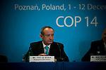 Yvo de Boer, Executive Secretary, UNFCCC COP 14 (©Robert vanWaarden ALL RIGHTS RESERVED)