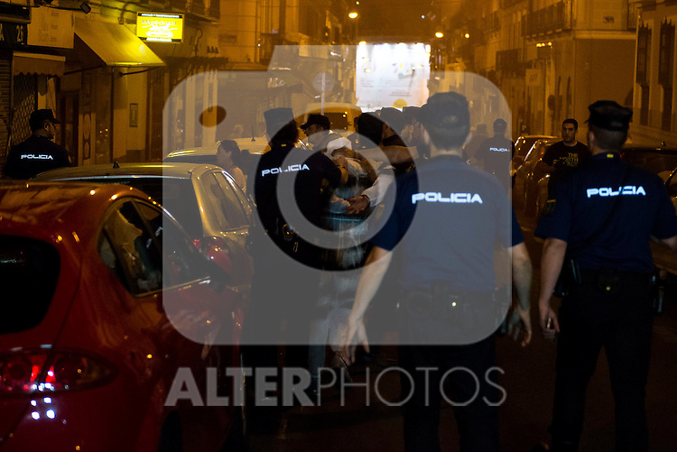 Several protesters were arrested by security forces at the headquarter of Partido Popular during the celebration of the victory at the Spanish Elections in Madrid. June 26, 2016. (ALTERPHOTOS/BorjaB.Hojas)
