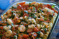 Garlic shrimp with cherry tomatoes and thin spaghetti