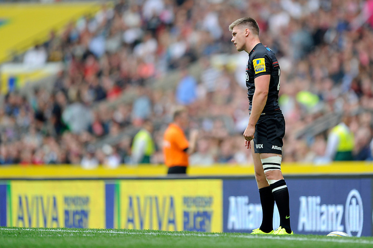 Owen Farrell of Saracens takes a conversion kick to win the match during the Premiership Rugby Round 1 match between Saracens and Wasps at Twickenham Stadium on Saturday 6th September 2014 (Photo by Rob Munro)