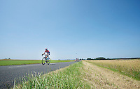 Johnny Hoogerland (NLD) caught in between echelons<br /> <br /> Tour de France 2013<br /> stage 13: Tours to Saint-Amand-Montrond, 173km