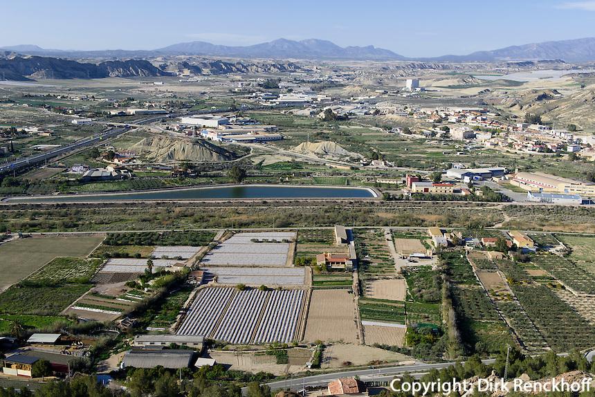 Agrarlandschaft und Autobahn bei Lorca,  Provinz Murcia, Spanien, Europa