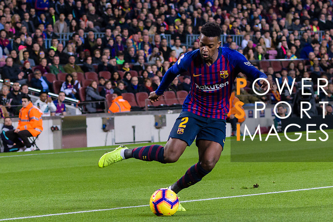 Nelson Semedo of FC Barcelona looks to bring the ball down during the La Liga 2018-19 match between FC Barcelona and Villarreal at Camp Nou on 02 December 2018 in Barcelona, Spain. Photo by Vicens Gimenez / Power Sport Images