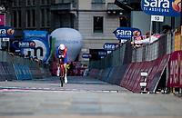 Attila Valter (HUN/Groupama - FDJ) finishing in front of the Duomo in Milan<br /> <br /> 104th Giro d'Italia 2021 (2.UWT)<br /> Stage 21 (final ITT) from Senago to Milan (30.3km)<br /> <br /> ©kramon
