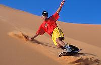 Sandsurf au Sahara
