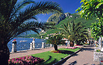 ITA, Italien, Lombardei, Comer See, Menaggio: Promenade am See | ITA, Italy, Lombardia, Lake Como, Menaggio: seaside promenade
