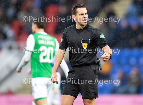 St Johnstone v Hibs…..09.11.19   McDiarmid Park   SPFL<br />Referee Andrew Dallas<br />Picture by Graeme Hart.<br />Copyright Perthshire Picture Agency<br />Tel: 01738 623350  Mobile: 07990 594431