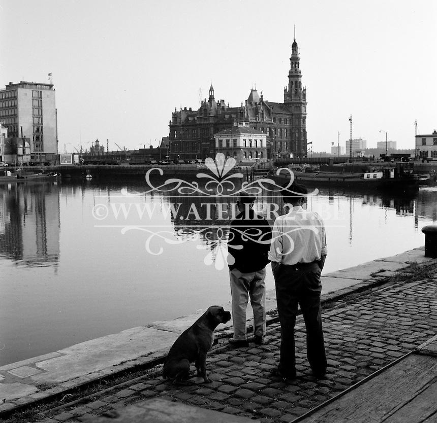 Oktober 1966. Bonapartedok aan het Eilandje in Antwerpen.