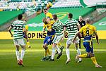 Celtic v St Johnstone…12.05.21  SPFL Celtic Park<br />Jason Kerr's header goes wide<br />Picture by Graeme Hart.<br />Copyright Perthshire Picture Agency<br />Tel: 01738 623350  Mobile: 07990 594431