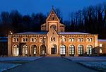 Deutschland, Bayern, Oberbayern, Berchtesgadener Land, Bad Reichenhall: Alte Saline von 1834 im neoromanischen Stil   Germany, Bavaria, Upper Bavaria, Berchtesgadener Land, Bad Reichenhall: Old Saline, built 1834
