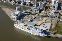 Kreuzfahrtschiff Aida Sol vor der Hafencity: EUROPA, DEUTSCHLAND, HAMBURG, (EUROPE, GERMANY), 15.09.2016: Kreuzfahrtschiff Aida Sol vor der Hafencity