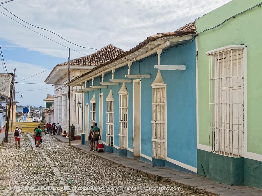 Trinidad street near Placa Mayor