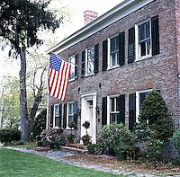 federal style house facade