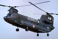 """- Italian army, transport helicopter CH 47 """"Chinook""""....- esercito italiano, elicottero da trasporto CH 47 """"Chinook"""""""
