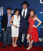 """HOLLYWOOD, LOS ANGELES, CA, USA - APRIL 29: Sean Astin, Patricia Heaton, Trace Adkins, Sarah Drew at the Los Angeles Premiere Of TriStar Pictures' """"Mom's Night Out"""" held at the TCL Chinese Theatre IMAX on April 29, 2014 in Hollywood, Los Angeles, California, United States. (Photo by Xavier Collin/Celebrity Monitor)"""