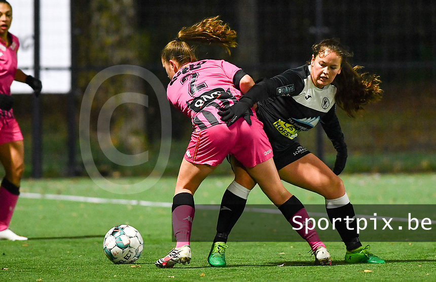 Chrystal Lermusiaux (2 Charleroi) pictured in a duel with Aalst's Valentine Hannecart during a female soccer game between Sporting Charleroi and Eendracht Aalst on the 8th  matchday of the 2020 - 2021 season of Belgian Scooore Womens Super League , friday 20 th of November 2020  in Marcinelle , Belgium . PHOTO SPORTPIX.BE | SPP | DAVID CATRY