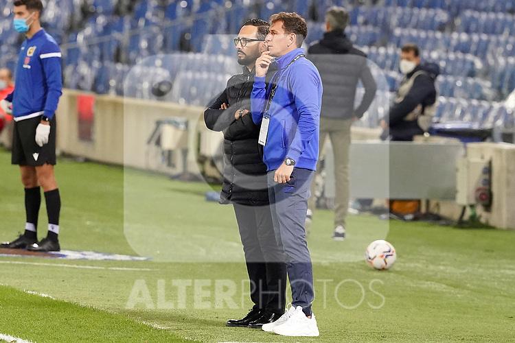 Getafe CF's coach Jose Bordalas (l) with his assistant coach Patricio Moreno during La Liga match. October 3, 2020. (ALTERPHOTOS/Acero)