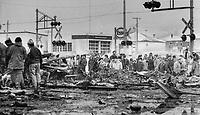 1980 FILE PHOTO - ARCHIVES -<br /> <br /> Les décombres suite a l' Incendie du Jour de l'an,1980, Chapais<br /> <br /> Grief-stricken Chapais residents help dig through debris in search for bodies, Jan  1980<br /> <br /> PHOTO : Graham Bezant - Toronto Star Archives - AQP