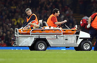 Pictured: Injured Jean de Villiers of South Africa is transferred away after dislocating his knee Saturday 29 November 2014<br />
