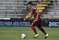 IBAGUE - COLOMBIA, 08-03-2020: Yeison Gordillo del Tolima en acción durante partido entre Deportes Tolima y Alianza Petrolera por la fecha 14 de la Liga BetPlay I 2020 jugado en el estadio Manuel Murillo Toro de la ciudad de Ibagué. / Yeison Gordillo of Tolima in action during match between Deportes Tolima and Alianza Petrolera for the date 14 as part of BetPlay League I 2020 played at Manuel Murillo Toro stadium in Ibague. Photo: VizzorImage / Joan Orjuela / Cont
