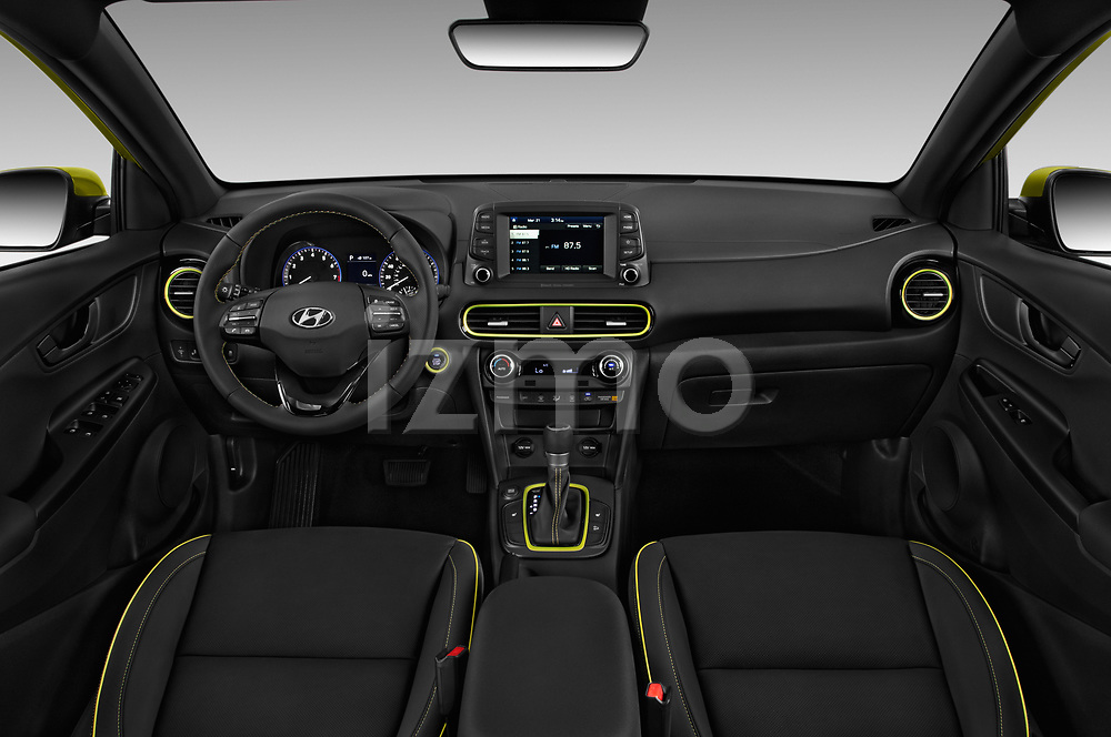 Stock photo of straight dashboard view of a 2019 Hyundai Kona Limited DCT 5 Door SUV