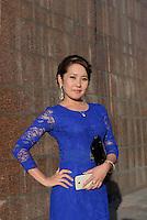 Junge Frau am Platz des Sieges, Bishkek, Kirgistan, Asien<br /> Young lady at Victory Square, Bishkek, Kirgistan, Asia
