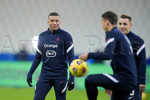 17th November 2020; Stade de France, Paris,  France; UEFA National League international football, France versus Sweden; France warm up for <br /> MBAPPE KYLIAN, Lucas Digne and LENGLET CLEMENT (France)