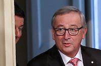 Il presidente del Consiglio Matteo Renzi, sinistra, e il presidente della Commissione Europea Jean-Claude Juncker a Palazzo Chigi, Roma, 26 febbraio 2016.<br /> Italian Premier Matteo Renzi, left, and  European Commission's President Jean-Claude Juncker arrive for a joint press conference at the end of their meeting at Chigi Palace, Rome, 26 February 2016.<br /> UPDATE IMAGES PRESS/Riccardo De Luca