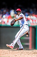 20 May 2018: Washington Nationals pitcher Wander Suero on the mound against the Los Angeles Dodgers at Nationals Park in Washington, DC. The Dodgers defeated the Nationals 7-2, sweeping their 3-game series. Mandatory Credit: Ed Wolfstein Photo *** RAW (NEF) Image File Available ***