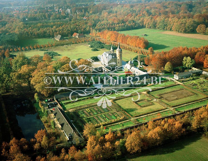 November 1993. Kasteel van 's Gravenwezel.