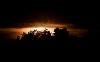 CHIA - COLOMBIA, 21-06-2021: Solsticio de Verano, atardecer en las Colinas de Chia. / Summer Solstice sunset in the Chia Hills. / Photo: VizzorImage / Luis Ramirez / Staff.