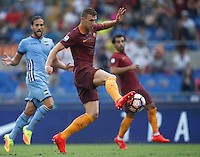 Calcio, Serie A: Roma vs Sampdoria. Roma, stadio Olimpico, 11 settembre 2016.<br /> Roma's Edin Dzeko prepares to kick to score during the Italian Serie A football match between Roma and Sampdoria at Rome's Olympic stadium, 11 September 2016. Roma won 3-2.<br /> UPDATE IMAGES PRESS/Isabella Bonotto